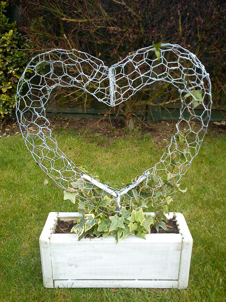 Wire Heart 1 by 123-P-P-H-123
