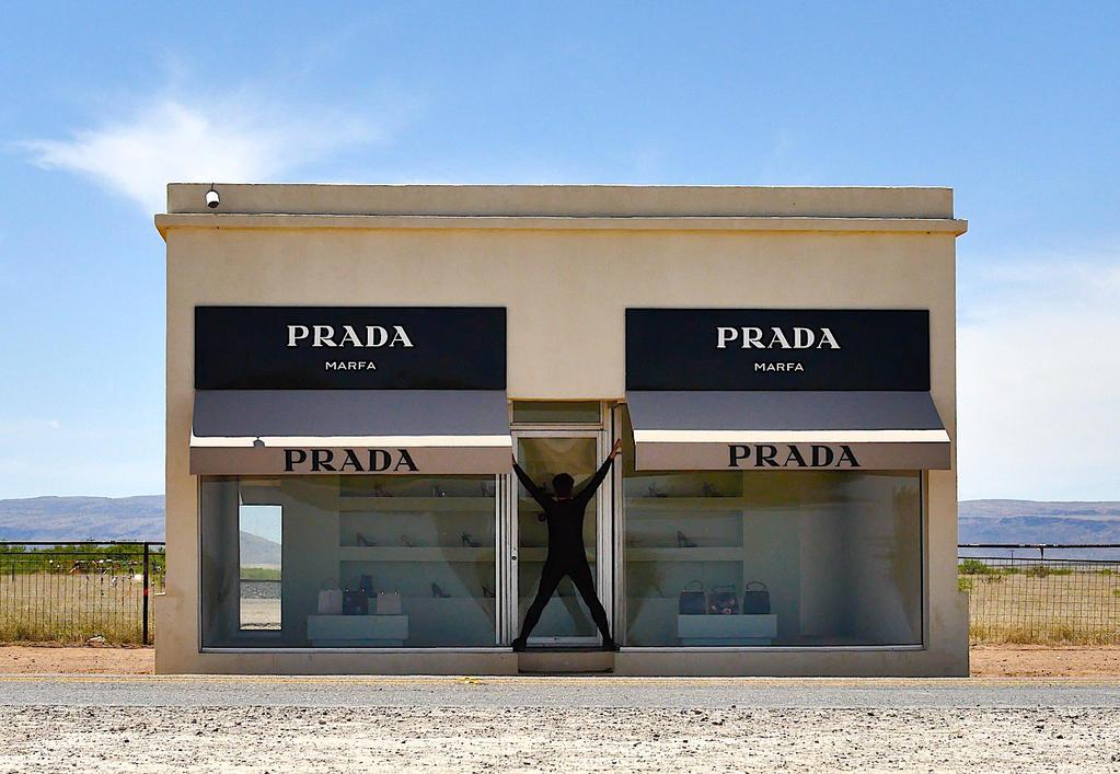 Prada by 77Kura