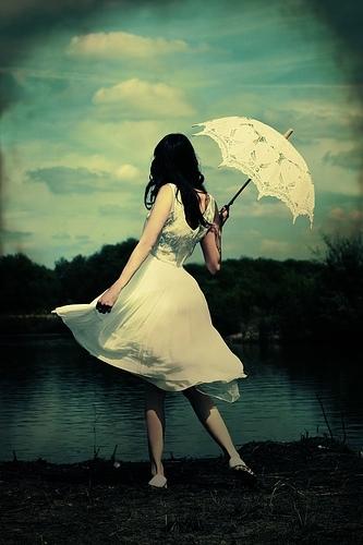 Umbrella Girl by ArielLetter22