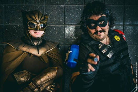 Nite owl and Comedian SUPER EFFECTIVE PHOTOGRAPHY