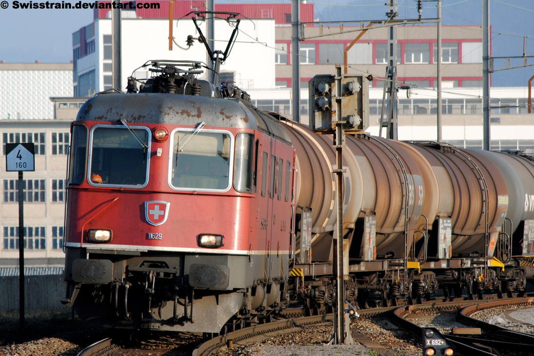 SBB Re 6-6 11629 by SwissTrain