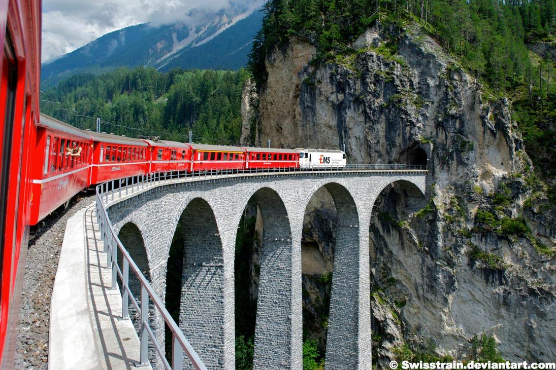 Landwasser Viadukt by SwissTrain