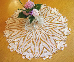 Crochet Crocus Pattern Doily, Table Topper, 24 1/2 by doilydeas