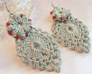 Beaded Crochet Popcorn Earrings with Dangling Leaf by doilydeas