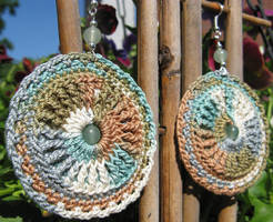 Newest crochet earring designs... by doilydeas