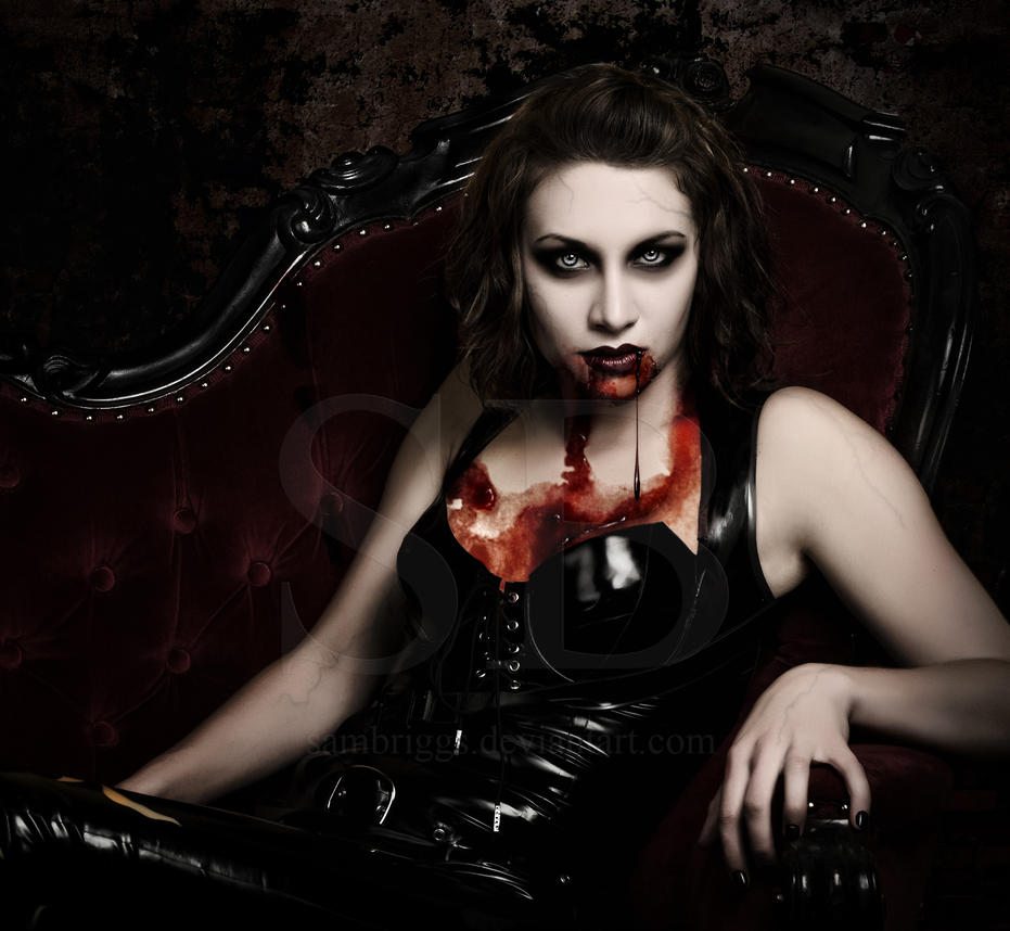 gothic vampire bloody girl - photo #35