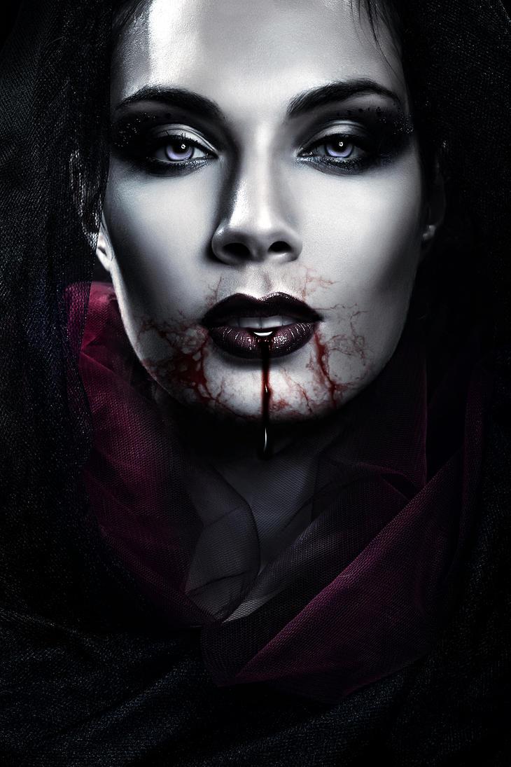 Vampire Beauty by SamBriggs