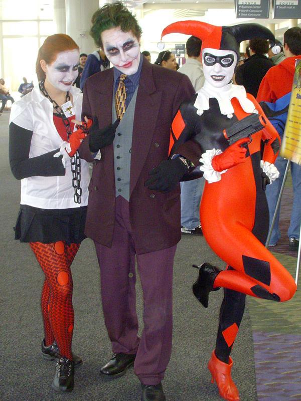 Costume joker and harley quinn