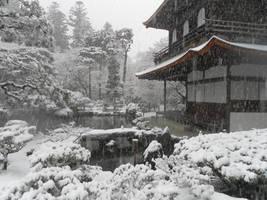 Silver Pavilion in Snow by Ekuboryu