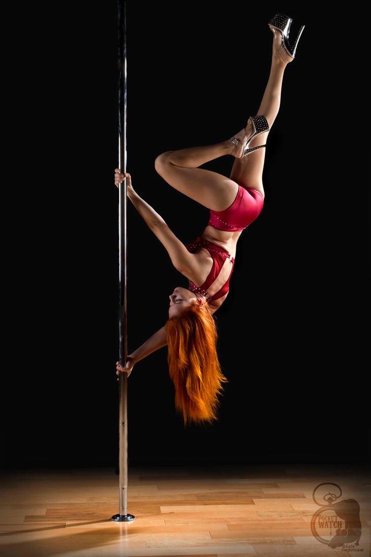 Pole Dance by ThamySorel