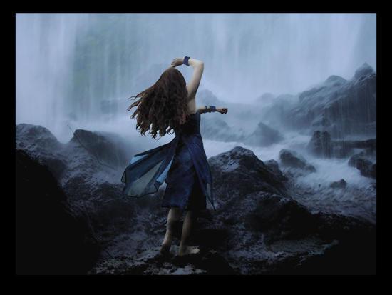 A Gypsy Queen's Dance by kittikins5