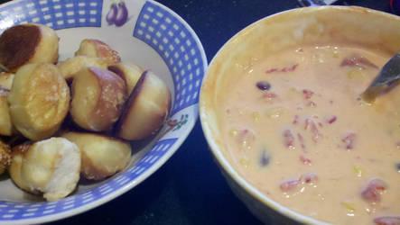 Pretzel bites with cheese dip by StarbitJewels
