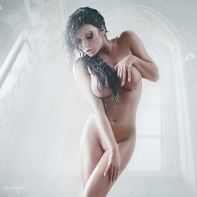 302 by AmeliaPhotography