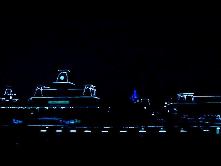 Tron Disney World 1