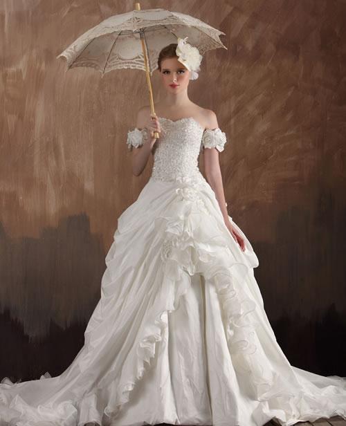 Luxury 1920 Style VintageTrain Wedding Dresses By