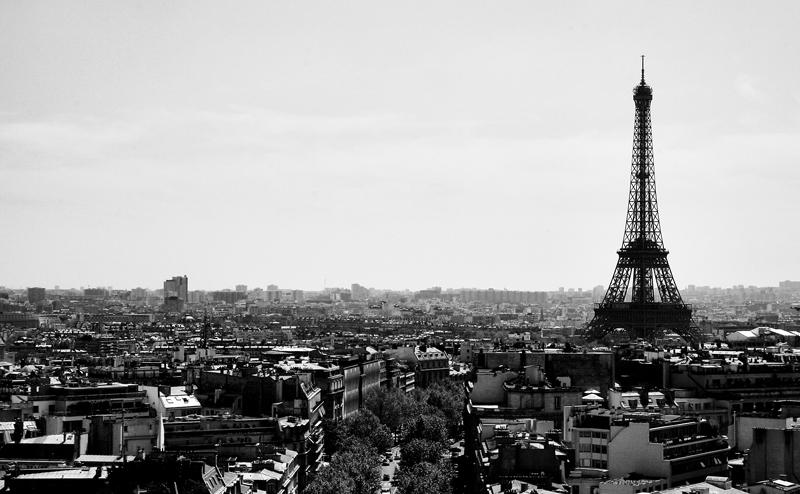 Bien connu Paris en Noir et Blanc by LukasSowada on DeviantArt BF42