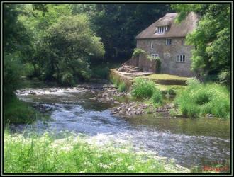 English River Cottage by Morbidezza