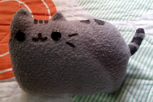 Pusheen mini-pillow