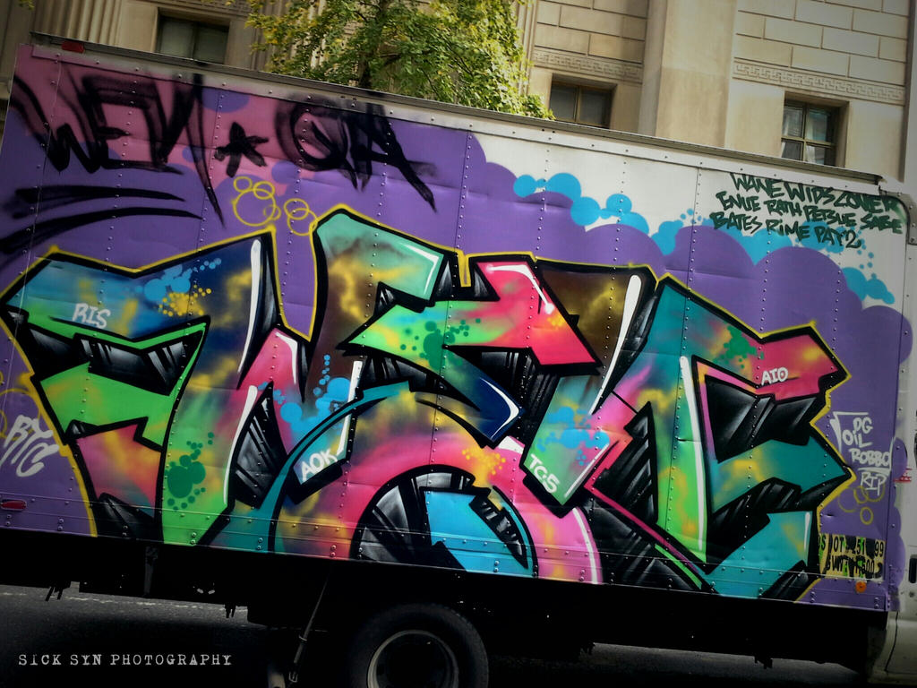 GRAFFITI on Truck NYC midtown by SynfulSick