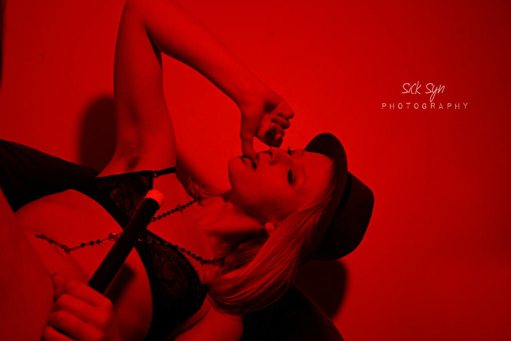 Tiffany Helms | RED ROOM | Putting On The Ritz 01 by SynfulSick
