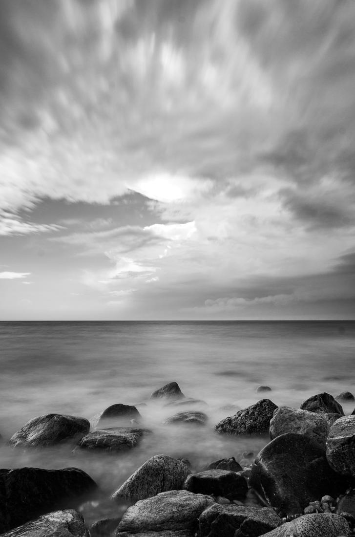 Cloud Noir by wrah