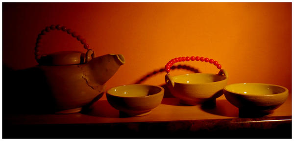 Tea set by subaudition