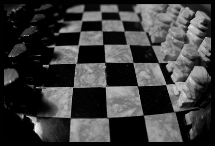 chess by alligatorz