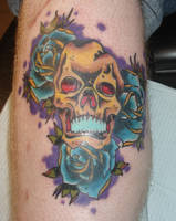skull and roses done by oldschool-sinner