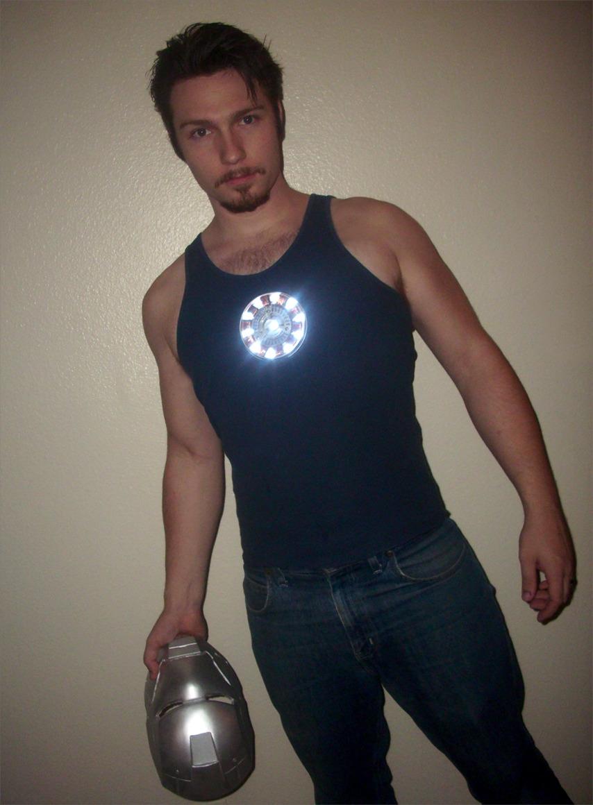 Tony Sark : I am IronMan