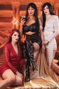 More Beautiful Vampires To Make Me Company