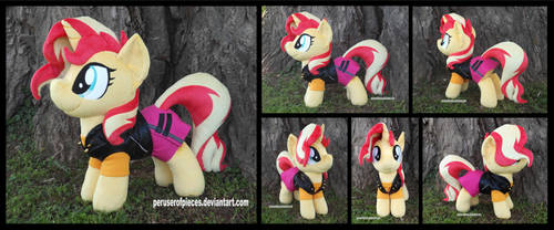 Sunset Shimmer (with EqG Outfit)