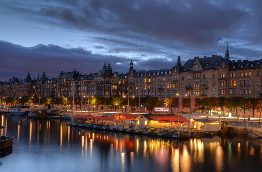 Ostermalm at Dusk IV by HenrikSundholm