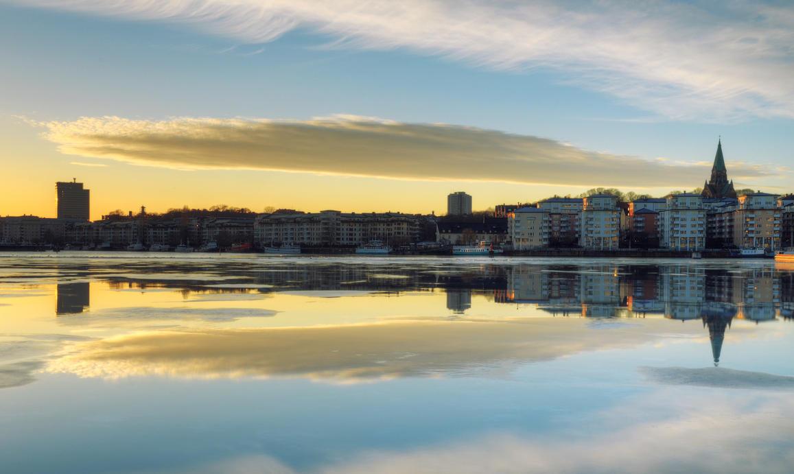 Back in Sea City III by HenrikSundholm