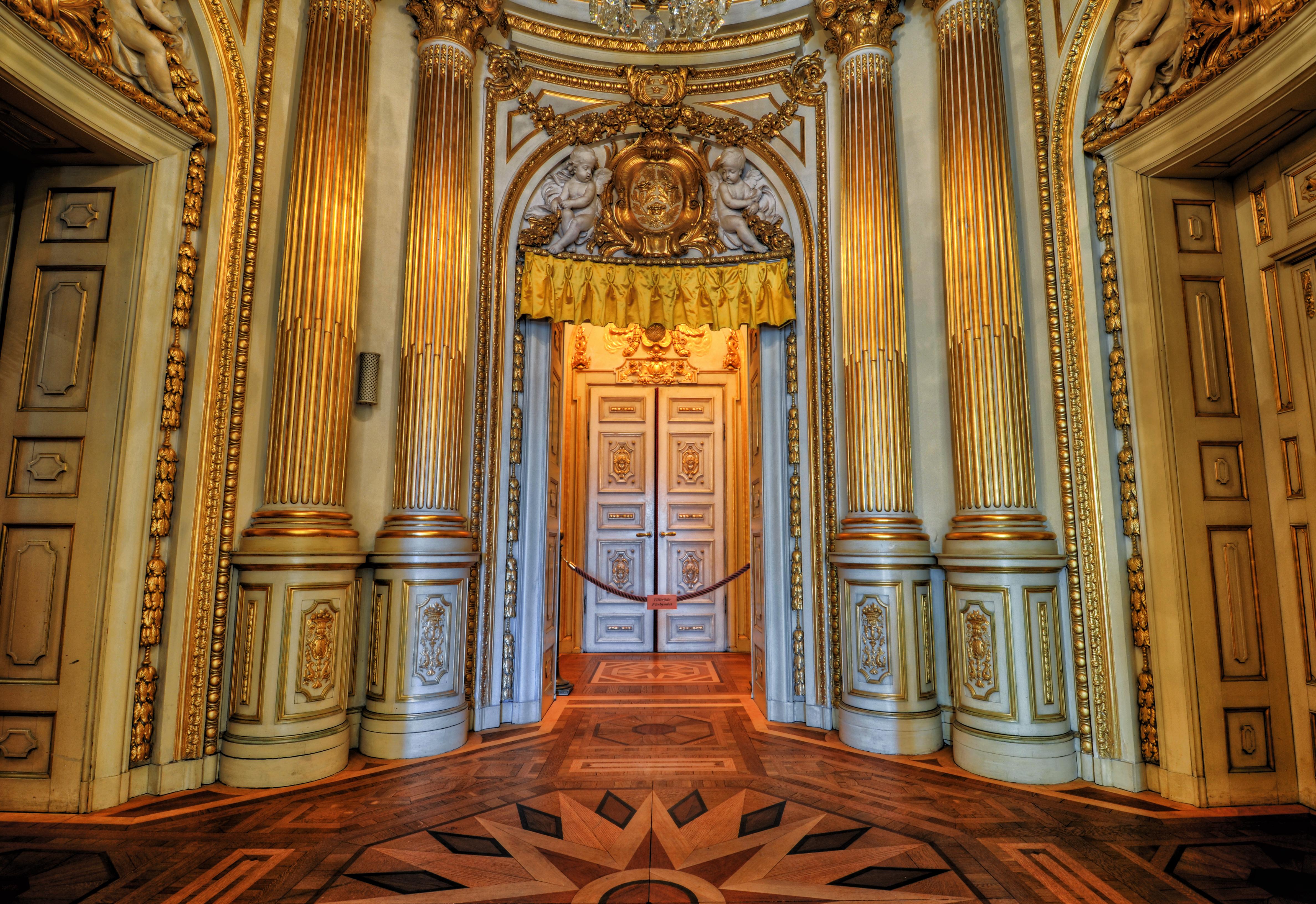 The Golden Baroque by HenrikSundholm