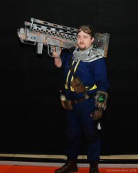 Vault Dweller with Fatman launcher