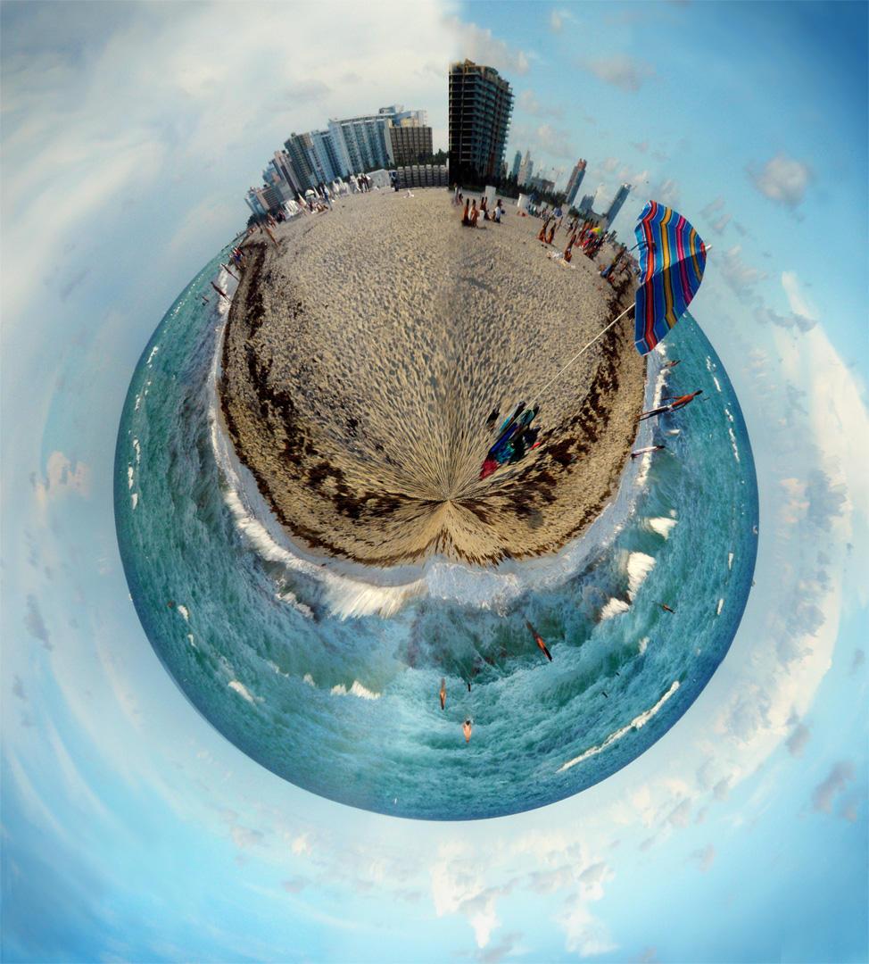 Polar Beach by SalamanderRocket