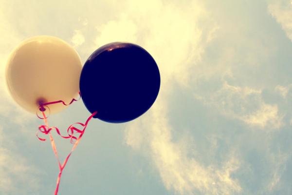 .Balloons. by NaneeViolence