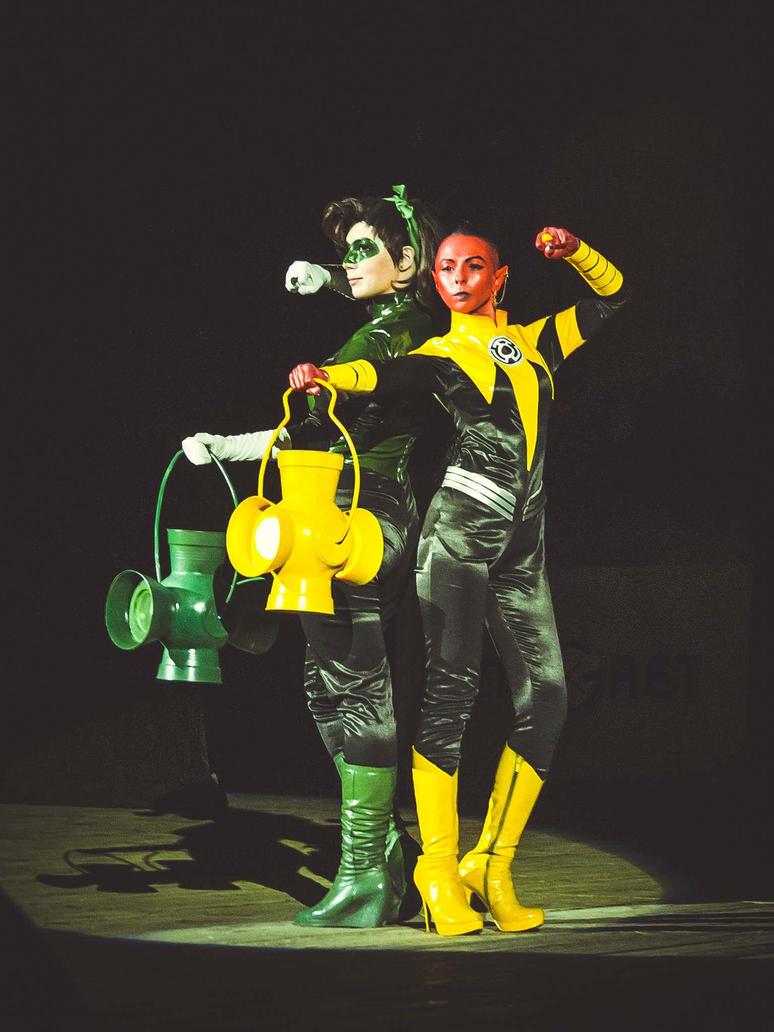 Fem!Hal Jordan and Fem!Sinestro - festival 04 by Megane-Saiko