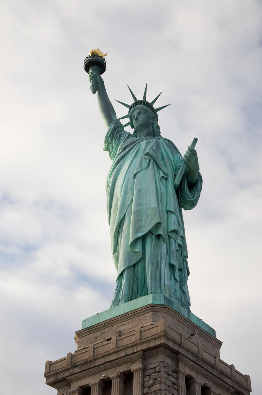 Statue of Liberty Park Stock 7