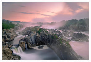 Mather Gorge Dawn by joerossbach