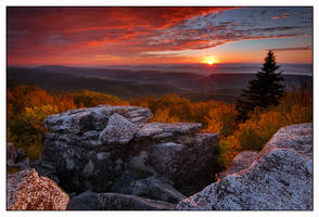 September Light from Bear Rock by joerossbach