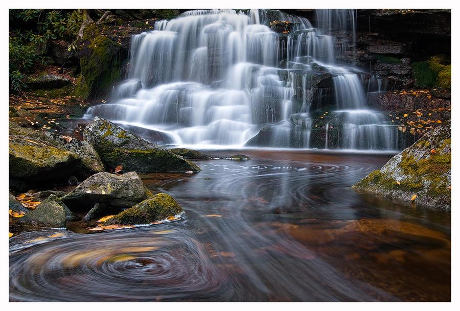 Swirlies below Second Falls by joerossbach