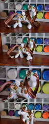 Ice cream luvin custom pony by Tamisery