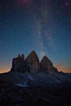 Tre Cime di Lavaredo at night