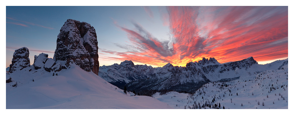 Cinque Torri, Dolomiti by FrozenWhisperx