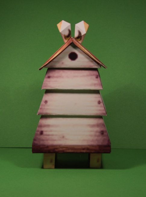 Beehive papercraft by Drummyralf