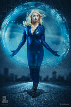 Sue Storm Invisible Woman Cosplay