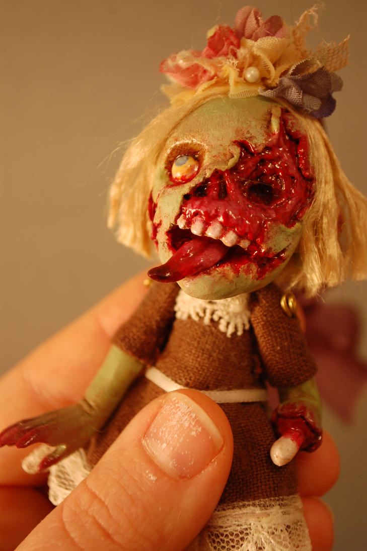 Zombie by Woodedwoods