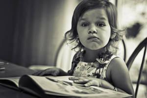 Little Reader by odainiq