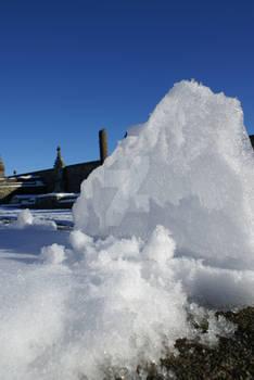 Snowed in (4) - Snow Headstone